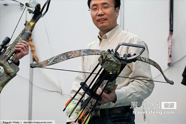 2011莫斯科武器与狩猎装备展 极品猎枪登场