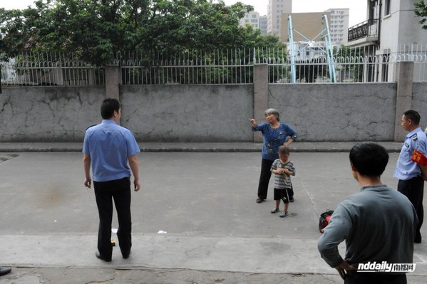 深圳联防队员闯民宅施暴强奸一个小时