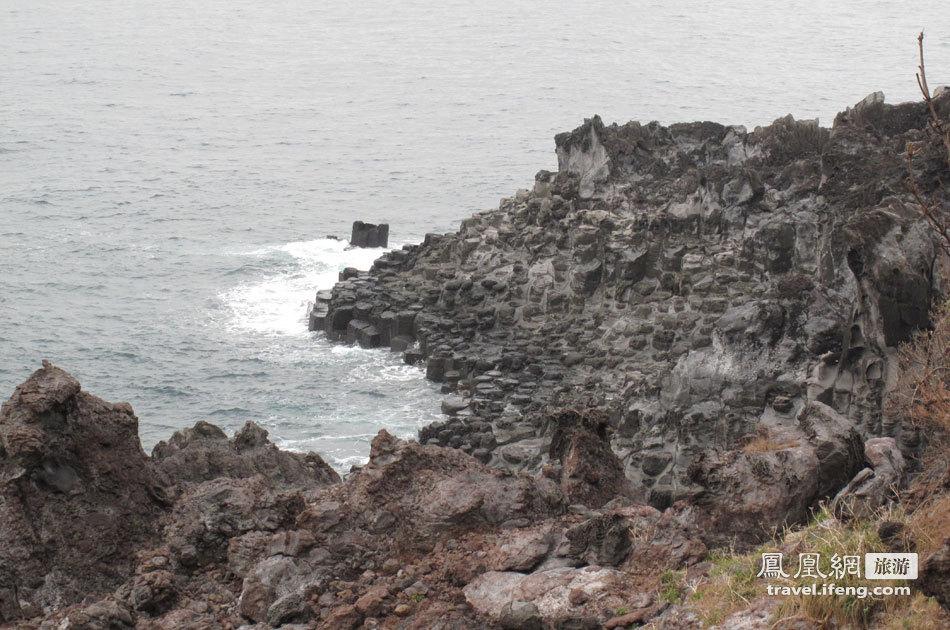 济州岛特色柱状结理 大自然的慷慨馈赠