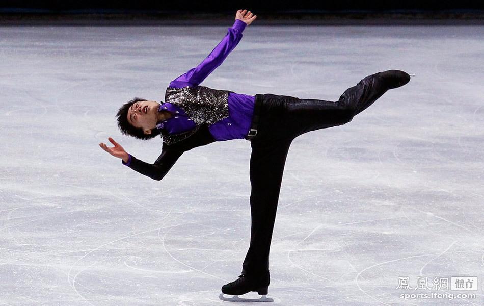 2011花样滑冰世界杯法国站男子单人滑 宋楠摘银