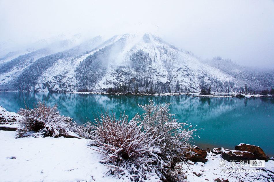 林芝冬天的风景照片