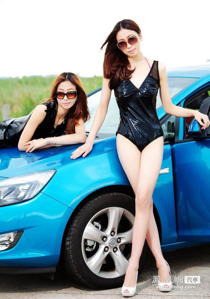 双胞胎美女的别样诱惑 汽车频道