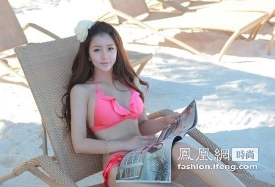 韩国美女海滩写真 走美国式丰满身材路线