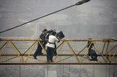 西安女子为讨欠薪冻僵在30米塔吊上(1/6) - 高山松 - gaoshansong.good 的博客