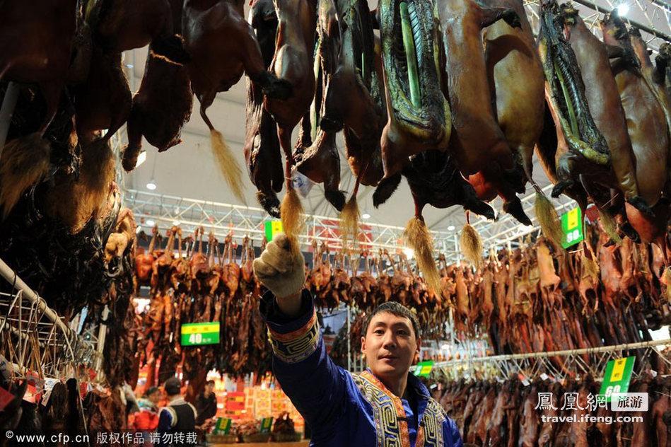 成都龙年年货节开幕 万种美食强势登场
