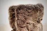 Lewis Walt今年秋冬的设计亮点是以充满性感魅惑的动物花纹引领风骚,长颈鹿斑纹、豹纹皮毛拼接、羊毛修饰等,每一双独具匠心的设计都展露出属于女人的自由与性感。
