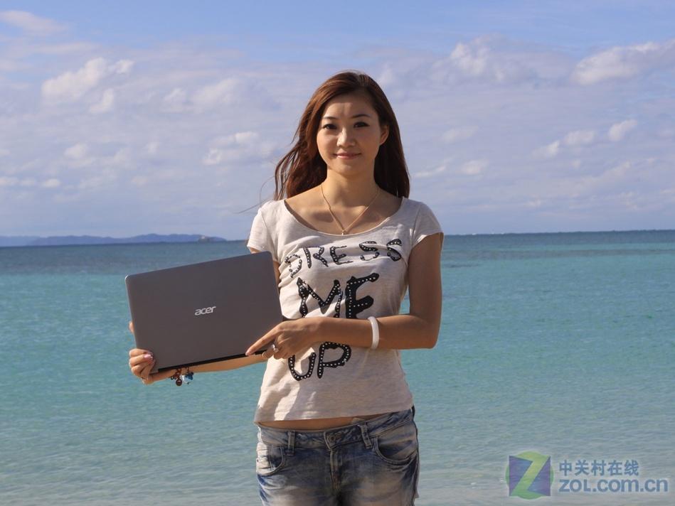 沙滩比基尼美女冲绳混血演绎宏超级本播美女雨主宝图片