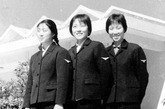 老照片:周恩来与新中国第一批空姐合影 (1/10)  - 高山松 - gaoshansong.good 的博客