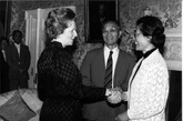 英国前首相撒切尔夫人与张爱萍将军夫妇。
