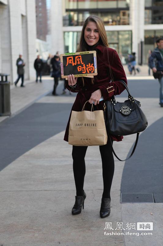 民间流行过臀外套 凤凰时尚记录街头潮人