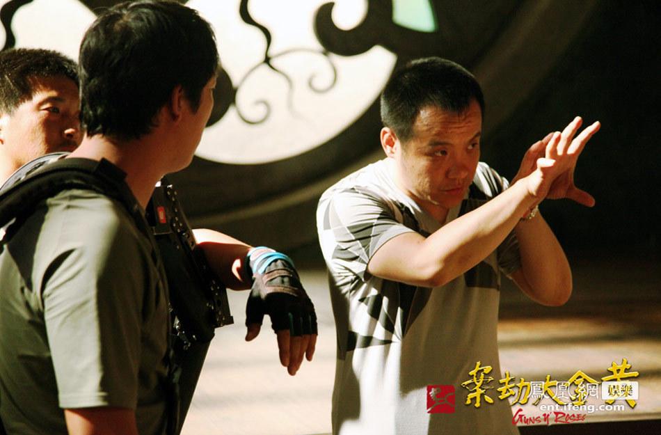 宁浩/图为宁浩导演工作照。
