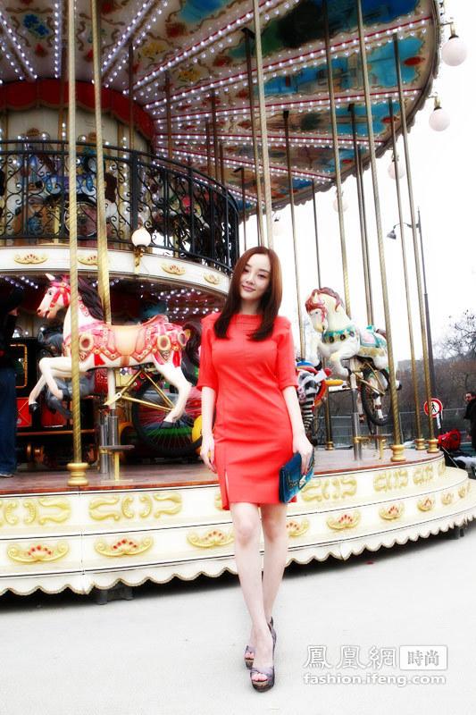 李小璐2012秋冬巴黎时装周街拍及
