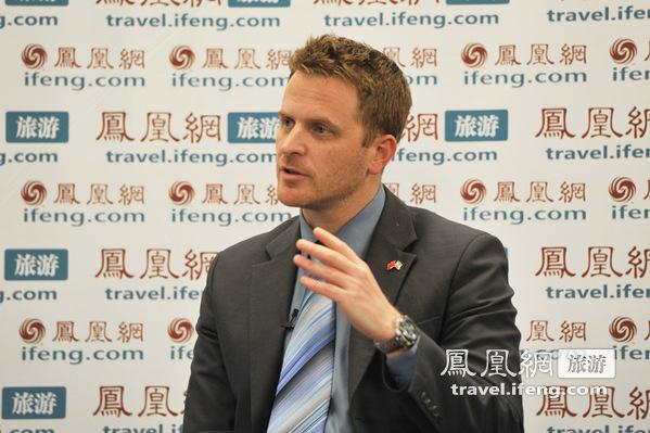 以色列大使馆发言人潘立文做客凤凰旅游