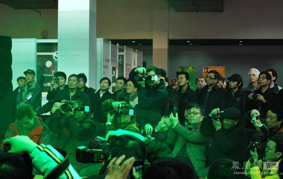 上海国际成人展开幕