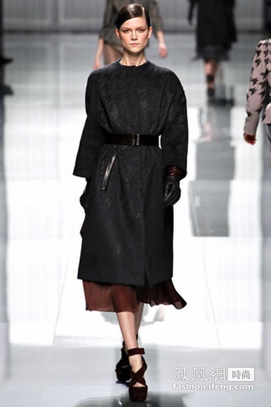 简易优雅的时尚回归 Christian Dior 2012秋冬发布