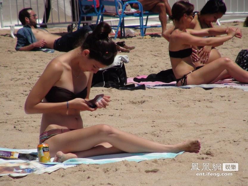 纳蔚蓝海岸沙滩美女高清