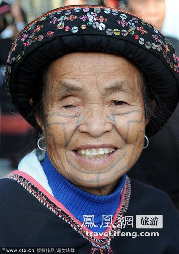 海南黎族文身:正在消逝的文化符号图片