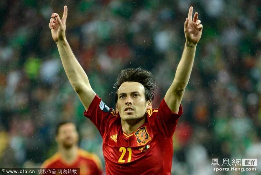 2012年欧洲杯,c组次轮西班牙4-0爱尔兰.图片