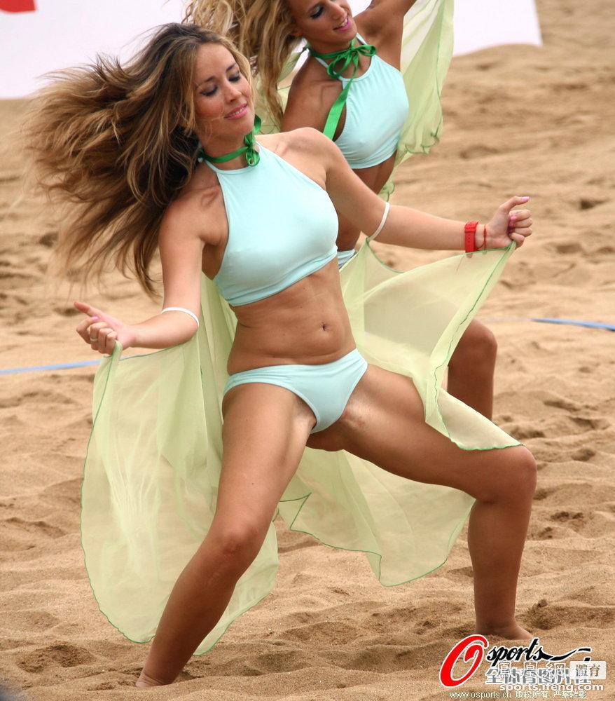 美女啦啦队热舞助兴高清