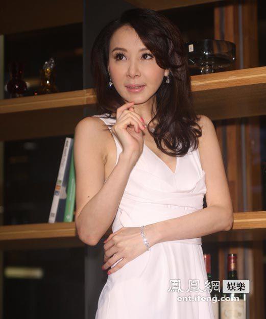 昔日台湾第一美女萧蔷亮相 年过40愿当大龄剩