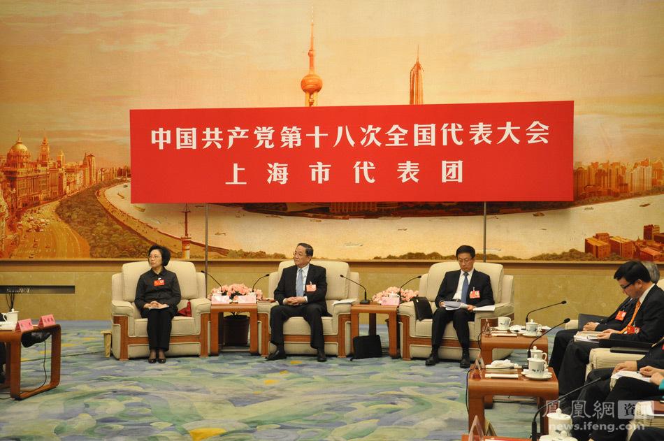 笛子独奏长亭外古道边曲谱-11月9日下午,上海代表团对外开放.上海市委书记俞正声、市长韩正