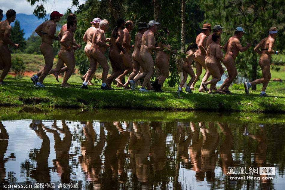 巴西首届裸体运动会开幕 - xjh019(汉江石) - 汉江石的博客