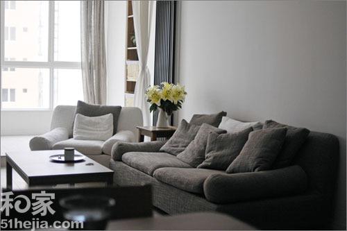 国外深灰色沙发搭配
