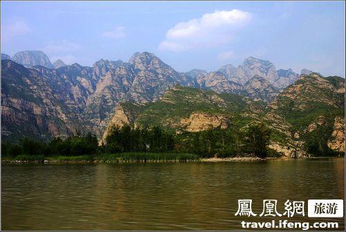 门头沟珍珠湖自然风景区位于永定河官厅山峡中
