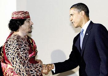 """石齐平:卡扎菲是个""""老实人"""" 被美国出卖"""