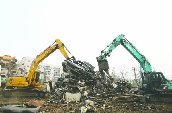 成都报废车猛增 黄标车占了8成高清图片