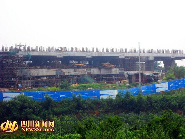地铁2号线东延线龙泉西站完成主体结构施工-成都地铁2号线东延线所图片