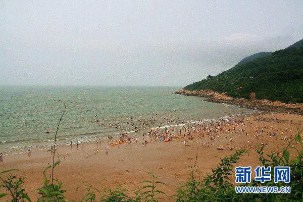 新华网 金娜摄 连岛海滨旅游度假区位于连云区,是国家aaaa级旅游景区
