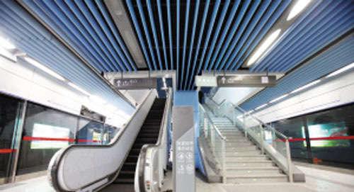 """地铁9号线全线""""岛式车站""""往返在同一站台乘车"""