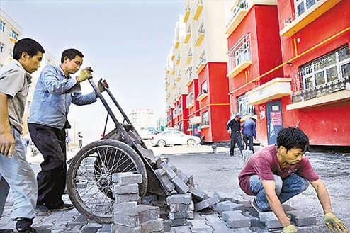 告别棚户区 迈向新生活――乌鲁木齐老城区改造圆百姓安居梦