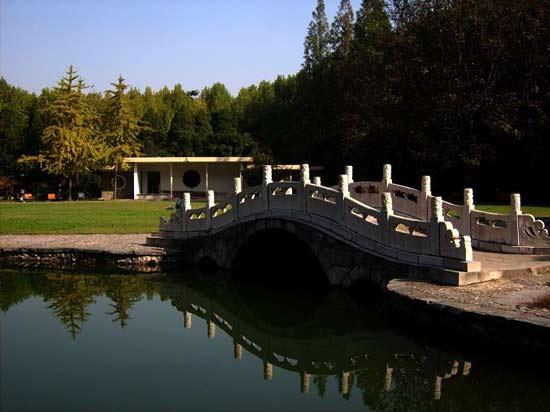 西安交通大学校园风景图片